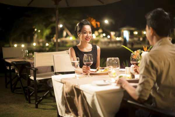 First Date with Asian lady at a restaurant