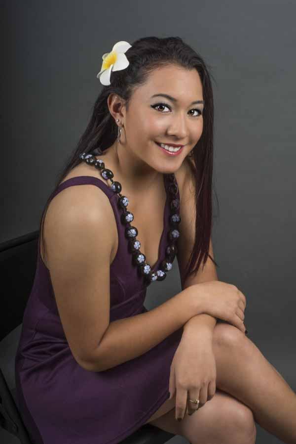 Beautiful smiling Filipina