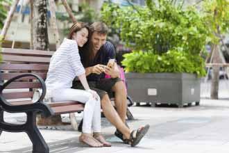 Dating Vietnamese Women in the park