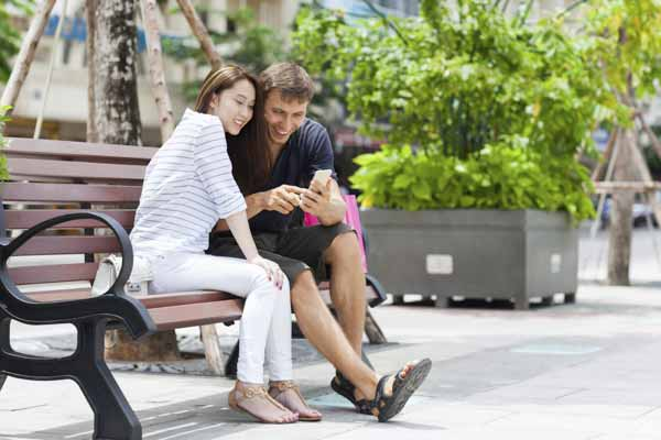 Top 5 Reasons You Should Date Vietnamese Women
