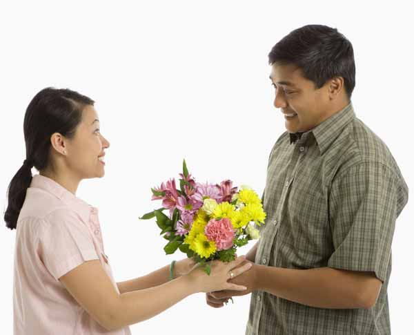 Filipina Courtship Customs: Courting An Asian