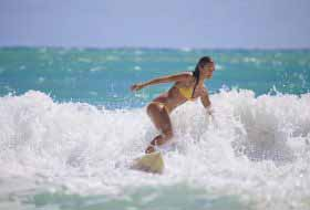15 Reasons to Date a Surfer