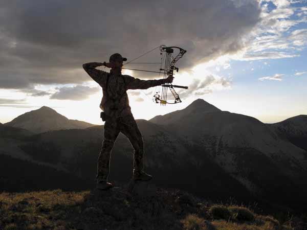 Top 10 Reasons You Should Date a Hunter