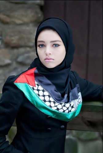 a very beuatiful young Muslim girl