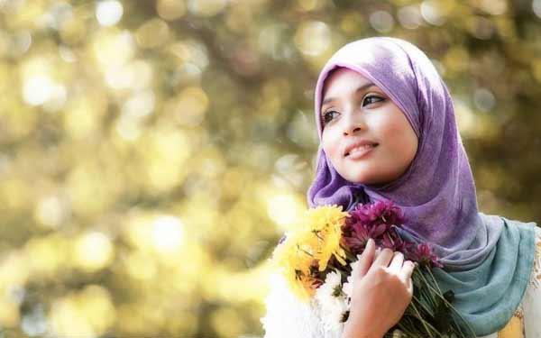 a beautiful Muslim girl