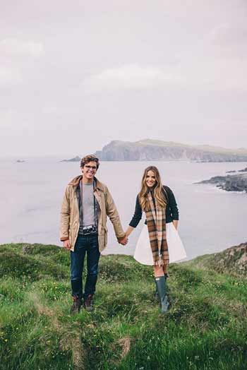 happy couple travelling together