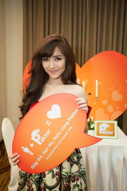 gorgeous Asian girl