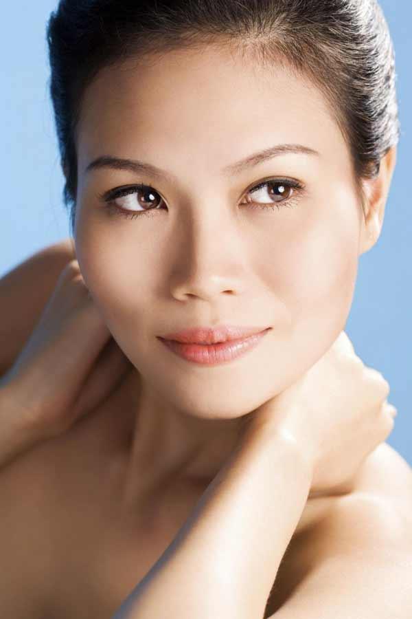 gorgeous Malaysian woman