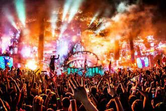 tomorrowland party
