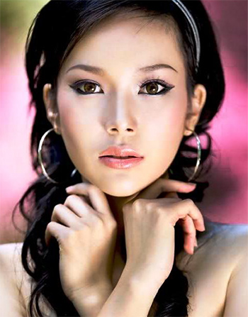 a young beautiful Thai woman