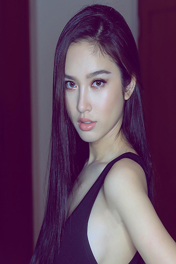 a beautiful Thai girl