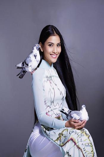 a beautiful young Vietnamese woman