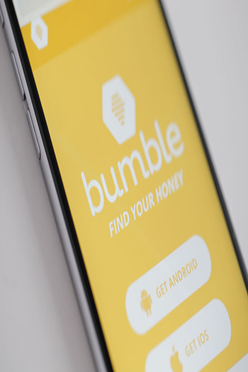 bumble dating app on iphone