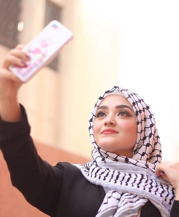 Palestinian girl are serious