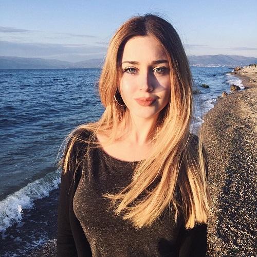 modern Turkish girl