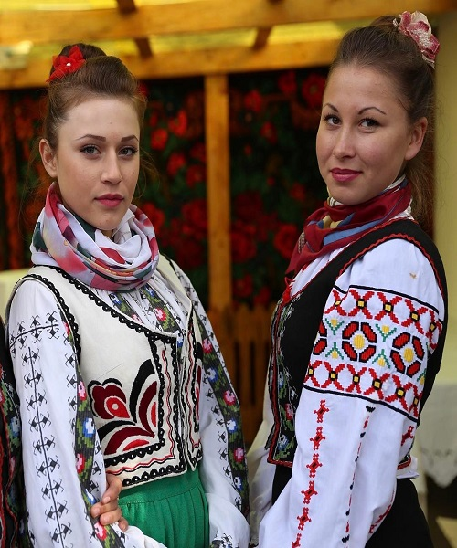 young moldovian women