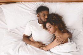 Sleeping-with-hot-girls
