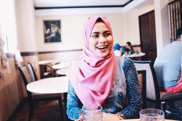 lot of Malaysian women